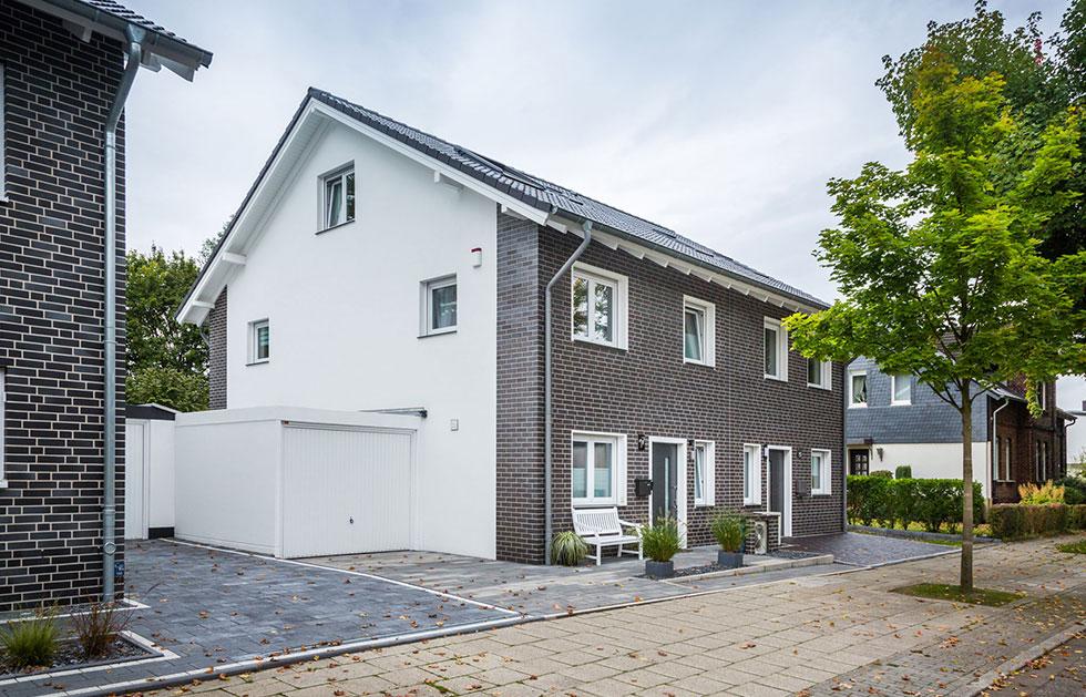 Doppelhaushälfte mit Klinkerfront