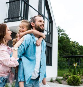 Neubau Immobilie Hausbau Familie